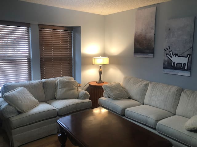 TWO BEDROOM TOWNHOME IN GREAT LOCATION