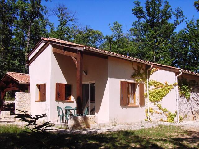 Villa Quercy 4/6 pers (ici Quercy + Périgord)