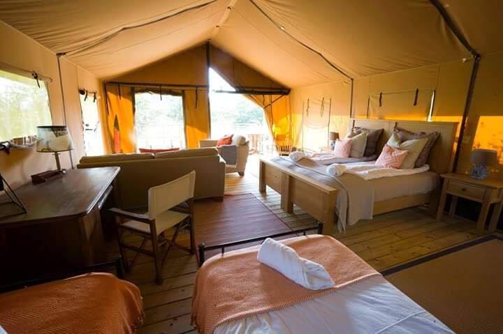 Penthouse Safari Tent - Mount Kenya. Le Camp.