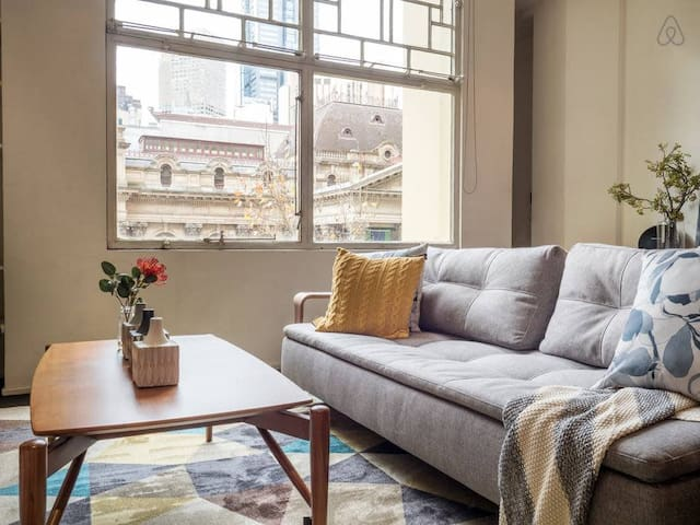 Capitol 2 - Retro 1 Bdrm Apt In Heart Of Melbourne