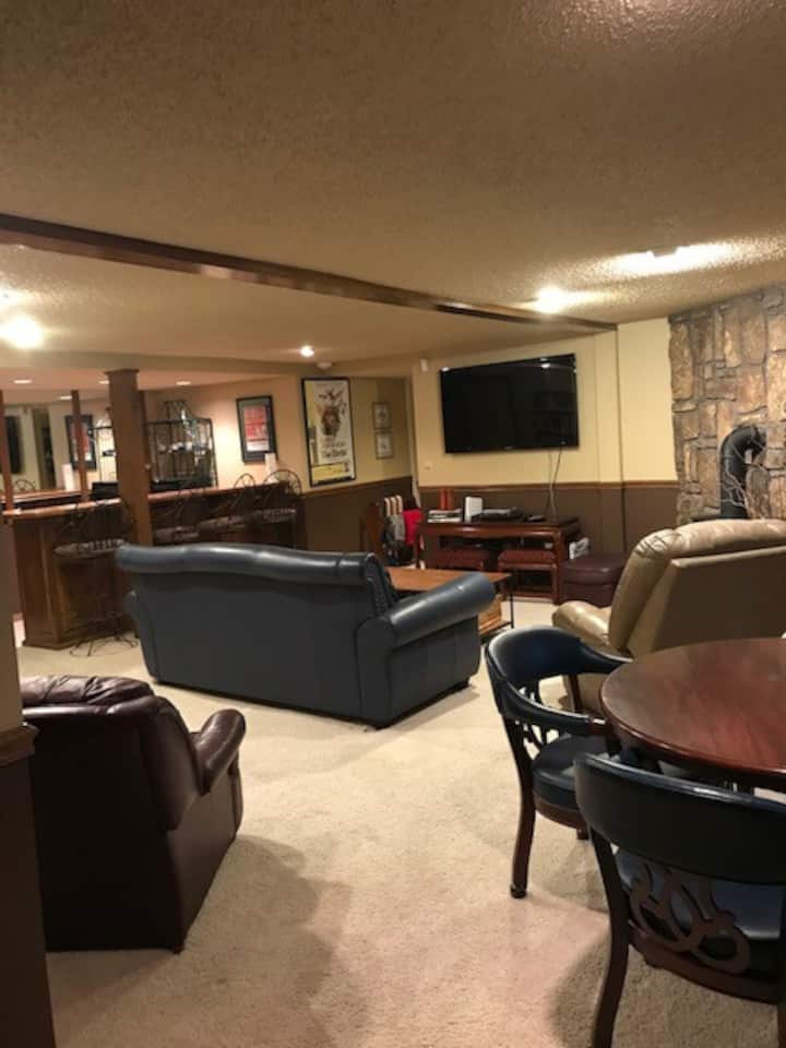 Basement Hideaway close to the trails and downtown