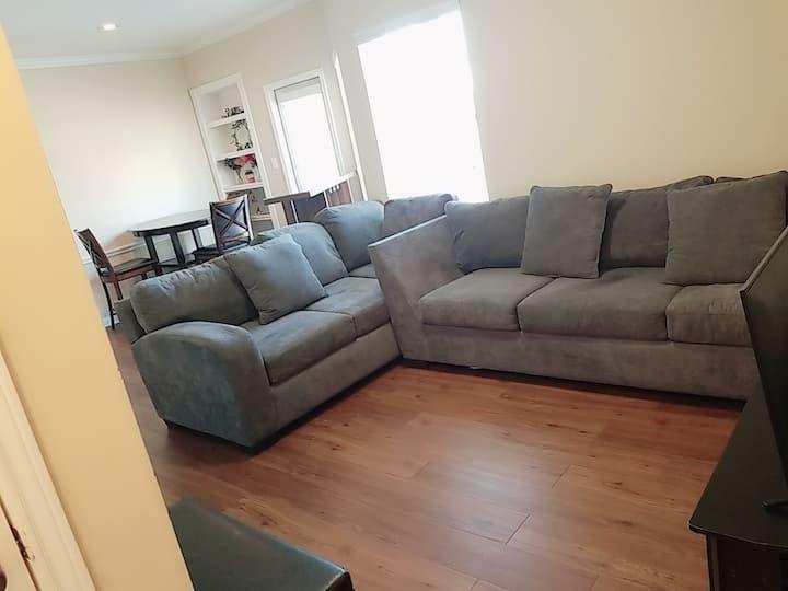 Amazing One Bedroom Apartment! Amazing  location!