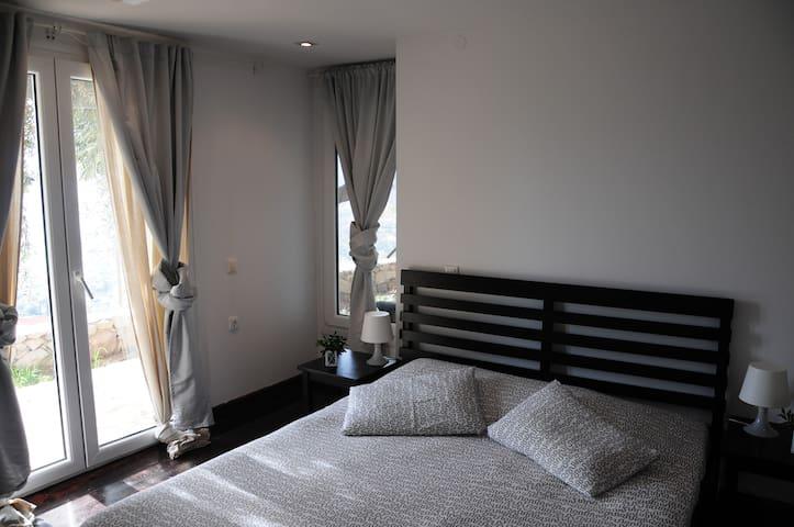 Bedroom 1 1 double bed