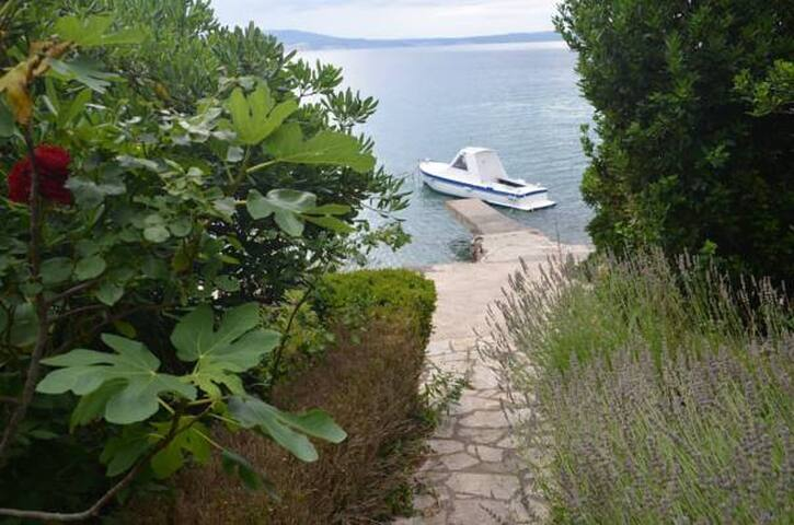 Klenovica Beach Guesthouse Seaview Studio App