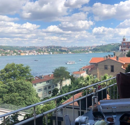 Bosphorus view flat - Historical atmosphere