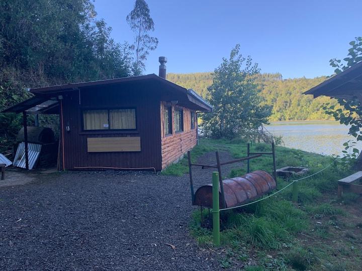 Cabaña orilla del rio