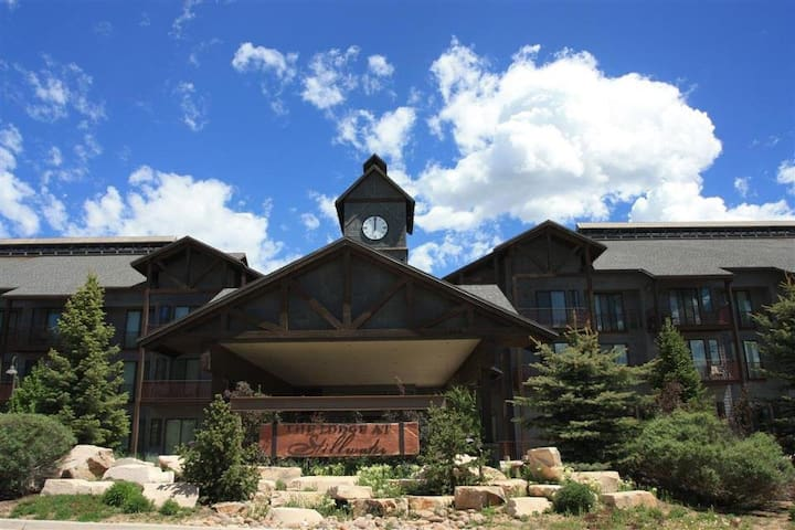 Views of Jordanelle/nr Park City/pool/sleeps 2+ - Heber City - Condo