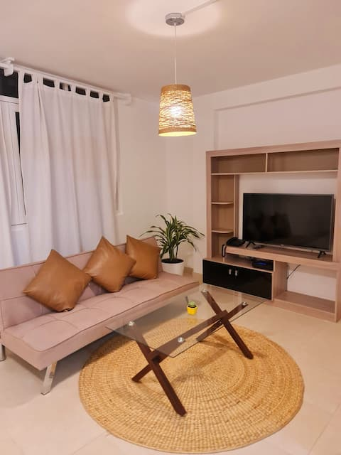 precioso apartamento  de estreno al lado de la playa Pimentel !!!