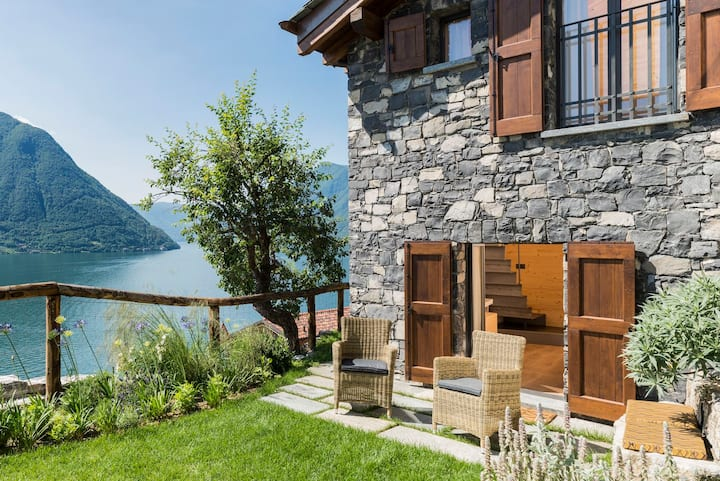 Modern Villa on Lake Como - Ca' de Sass
