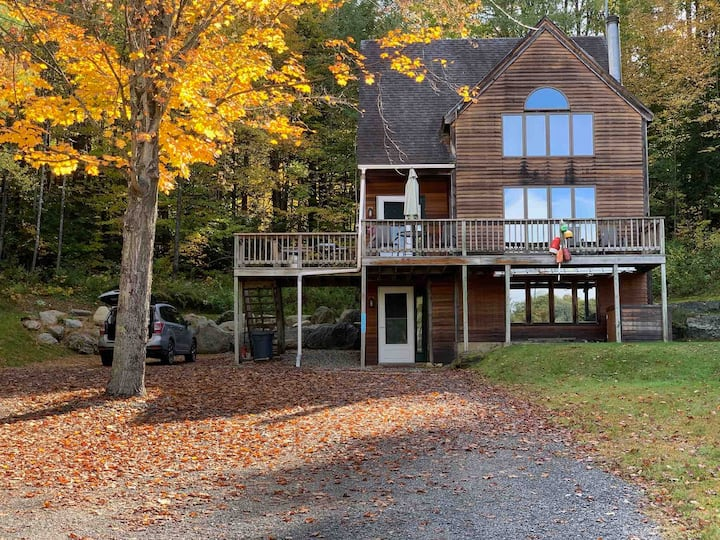 Charming Stowe Chalet