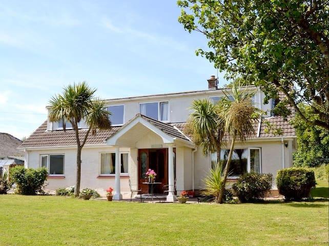 Per Ardua, Tenby - Spacious 5 bedroom Property - Pembrokeshire - Casa