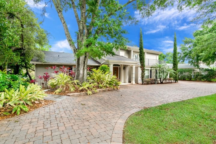 Luxury 6 Bedroom Villa on Bay Hill Club, Orlando Villa 3220
