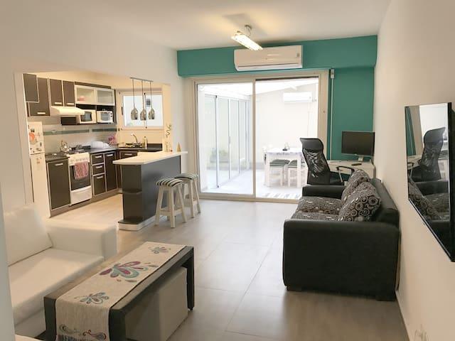 Spacious apt w/ patio in luxurious & safe Recoleta - Buenos Aires - Wohnung