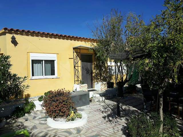 CASA ELJA only 20 min from Valencia