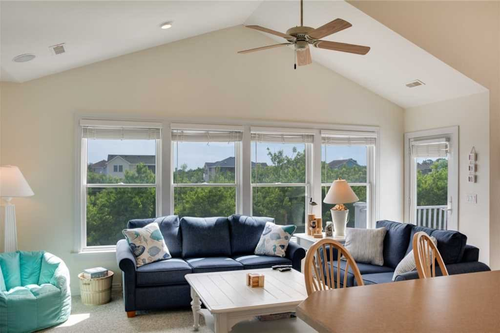 Hk37:  Tiana Ripples | Top Level Living Area | Fireplace Not Available for Guest Use