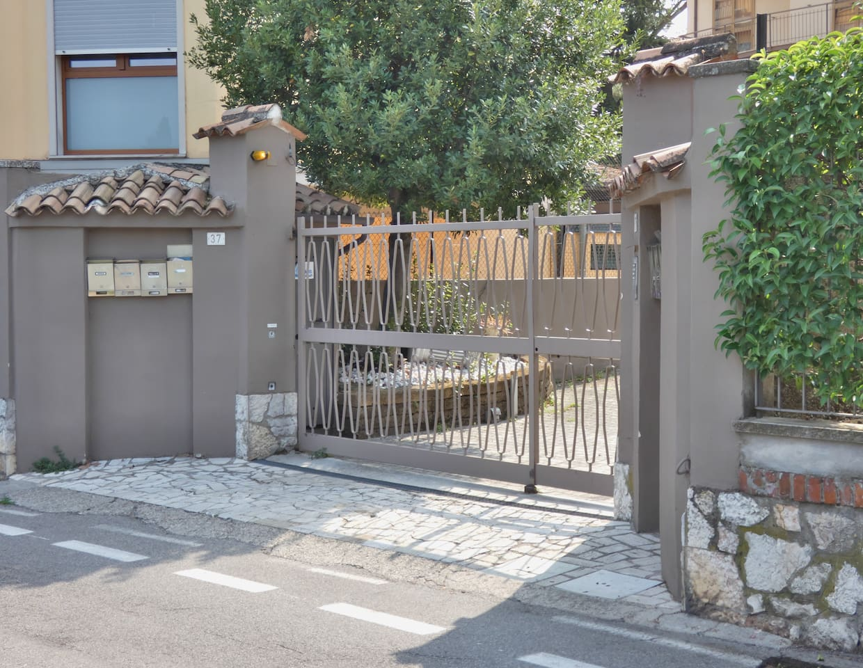 Charming House in Old Town Desenzano