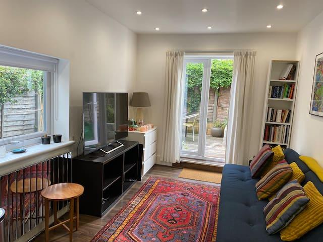 🏠 Brixton flat w/ garden. Tube to central London