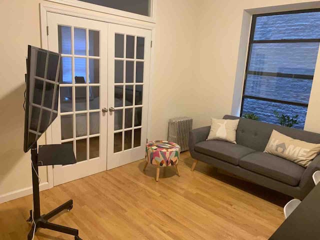 Uptown comfy apartment