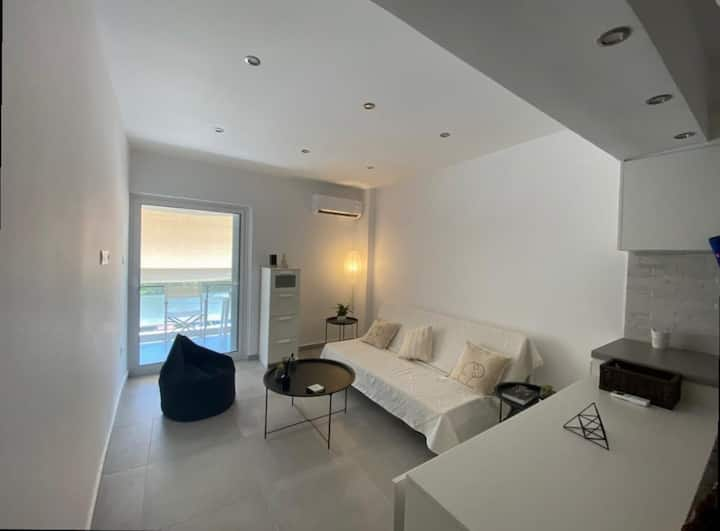 Classy flat located next to Kavouri sandy beach
