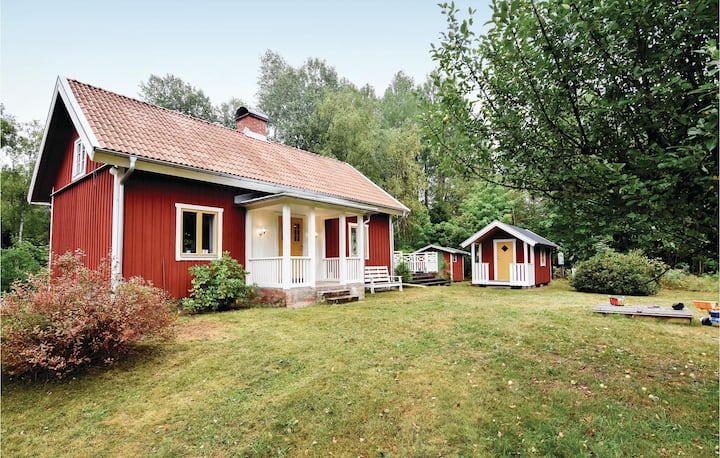 Amazing home in Älgarås with WiFi and 2 Bedrooms