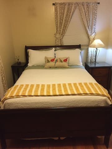 The Kinley Guest Room