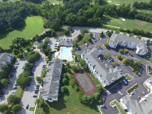 Affordable Luxury Suburban Apartment - Milford Mill - Appartement