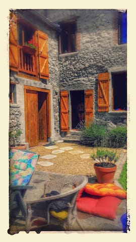 Beautiful Pyrenees village house