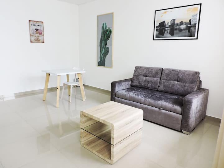 Beautiful and charming brand new loft loft with AC