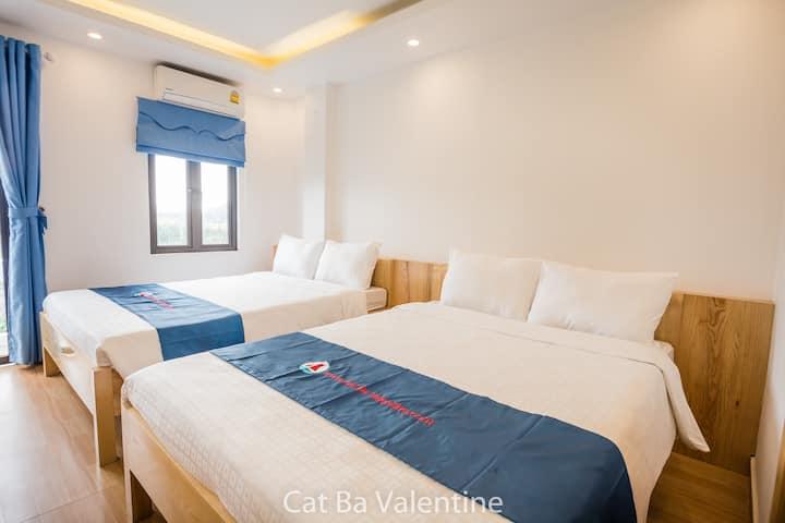Deluxe Queen Room (Cat Ba Valentine Hotel)