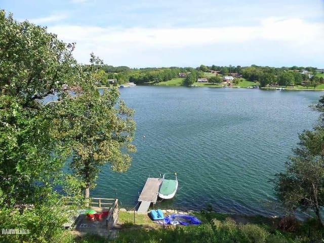 Lake Carroll Waterfront Home