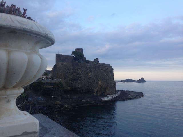 Casa vacanze Aci Castello