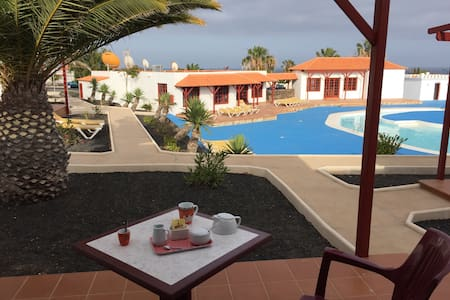 Sunny bungallow with terrace. Views - Castillo Caleta de Fuste