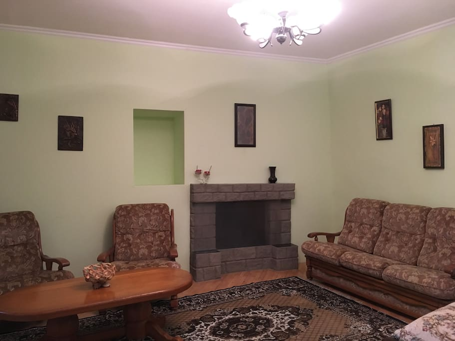 living room, sitting area