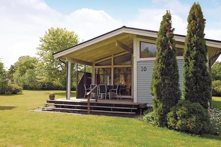 Holiday cottage with 3 bedrooms on 72m² in Gärsnäs