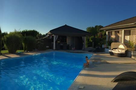 maison idéeale  vivre en plein air sans vis à vis - Saint-Béron - Talo