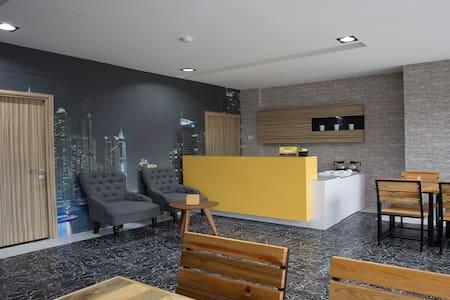 Lite Rooms Kebagusan City, Tb Simatupang - Pasar Minggu - Apartamento
