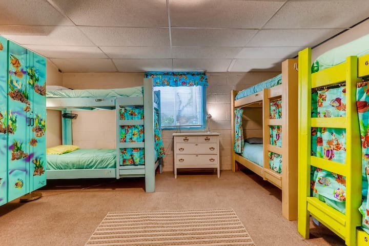Single Bunk Bed in Male Dorm Room - Room # 10