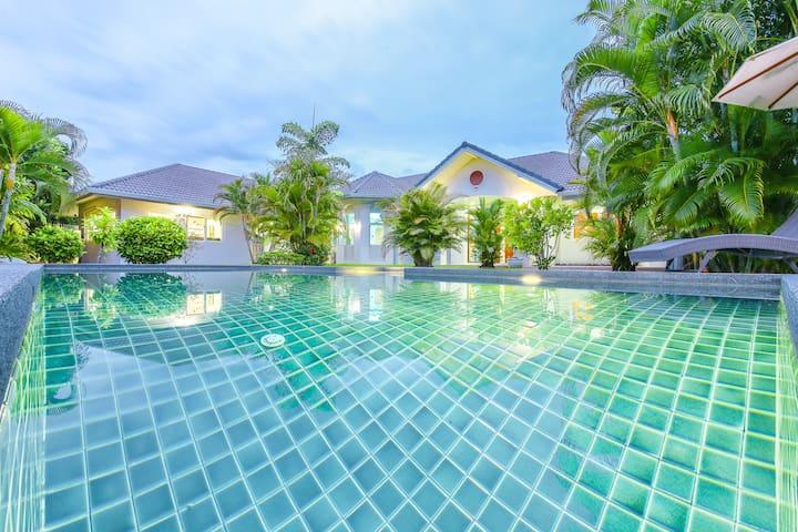 Chiang Mai 新房上架促销泰•心悦大花园豪华泳池庄园别墅,免费接送机,近清迈古城宁曼路。