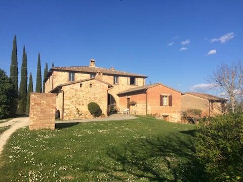 Cosy apartment near Siena