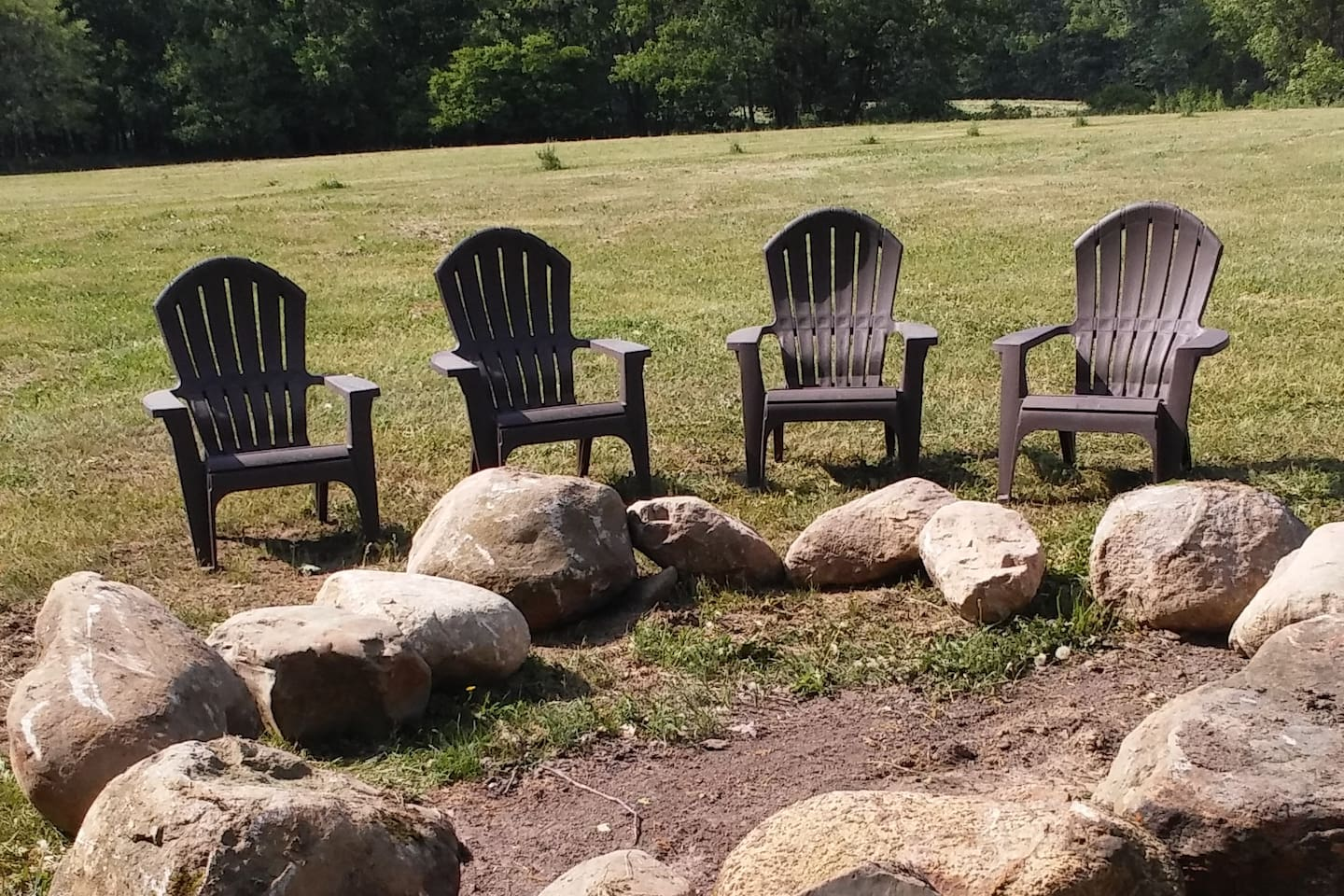 Unwind with some local wine or fall cider with a camp fire and friends.    Enjoy the stars and listen to the peepers, crickets and owls.