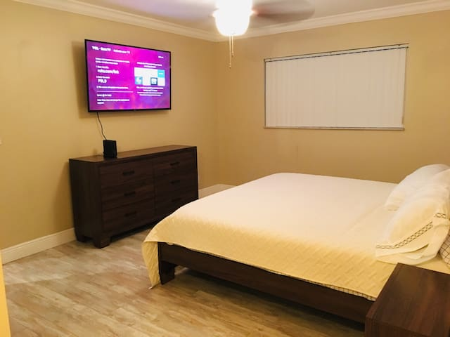 master bedroom with a brand new king size bed and mattress