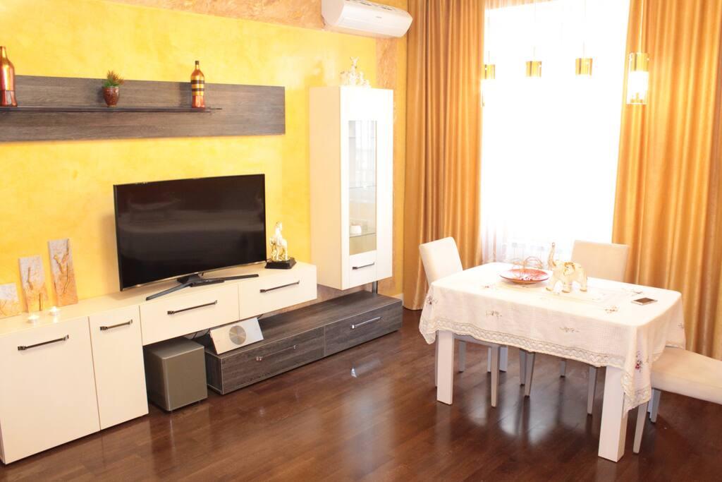 Art apartment wohnungen zur miete in bak aserbaidschan for Dinge im wohnzimmer 94