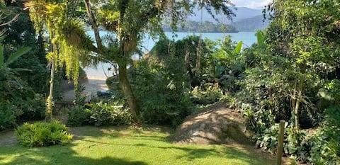 Ilha do Araujo, casa à beira mar Pé na areia