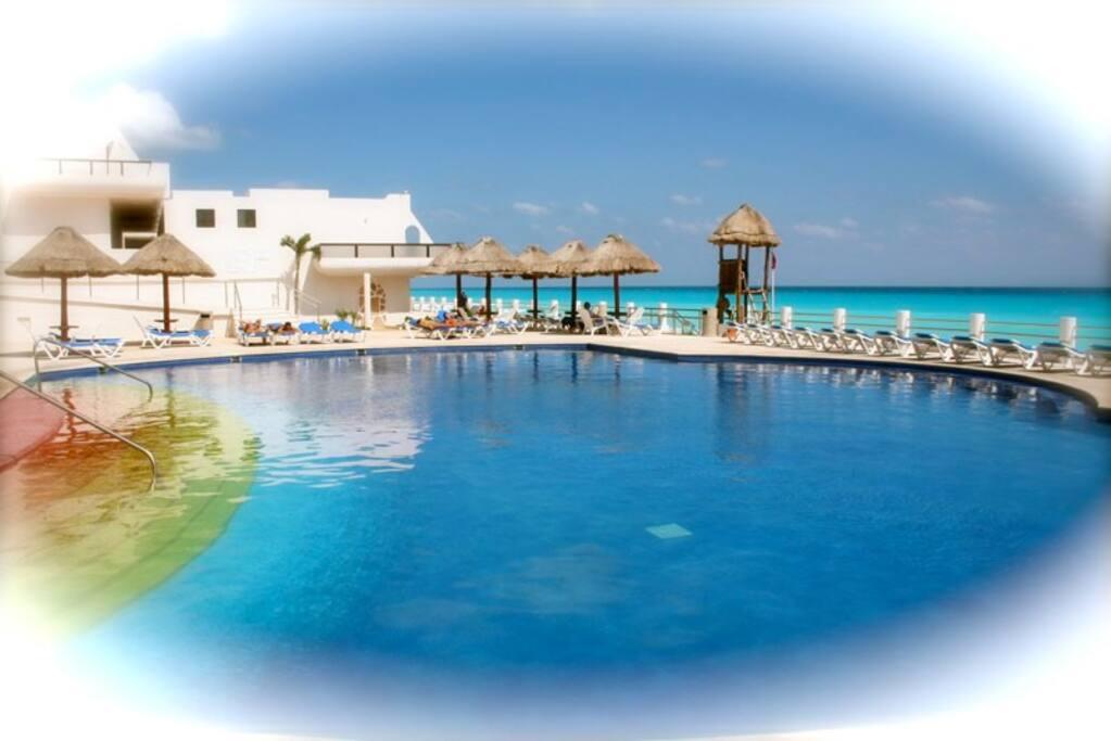Studio in villas marlin free wife free transfer for Villas marlin cancun