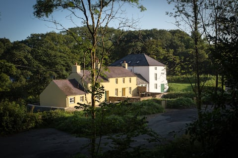 Miller's Cottage - 1 Bed Riverside Cottage