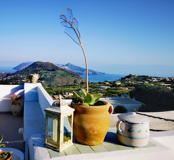 View apartment in Lipari