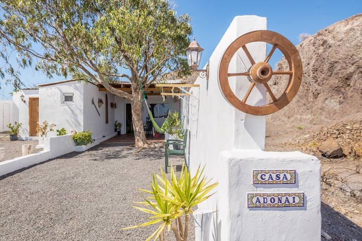 "Charming Holiday Home ""Casa Adonai"" with Mountain Views, Wi-Fi, Terrace & Garden; Parking Available, Pets Allowed"