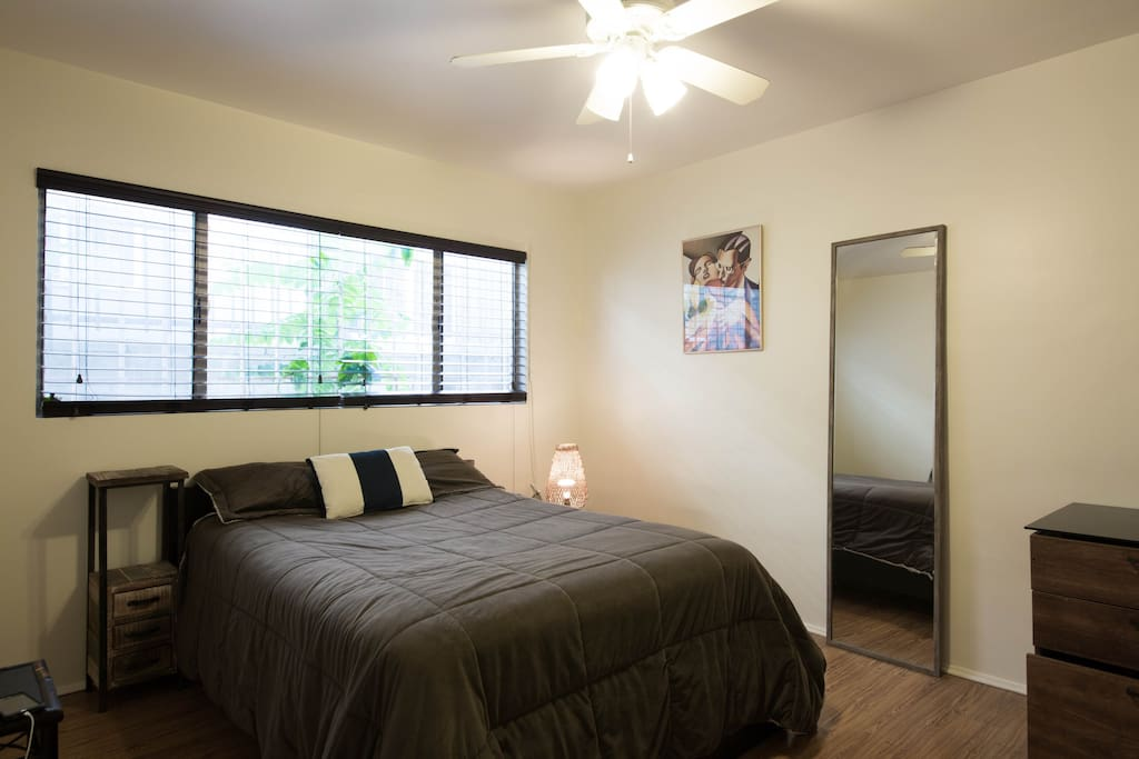 Pretty Apartment In Heart Of La Apartments For Rent In Los Angeles California United States
