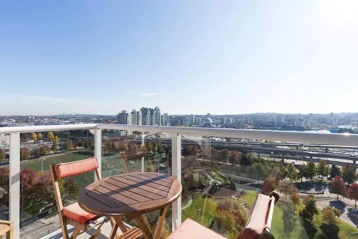 2 Bedroom Suite overlooking East Vancouver