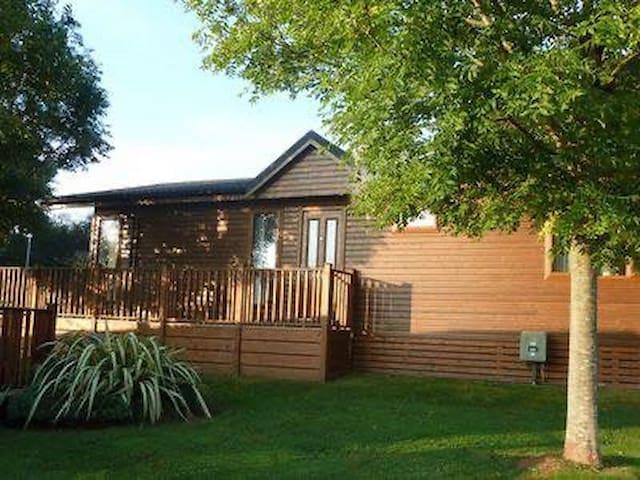 Luxury Lodge on 5* Holiday Park in Paignton Devon